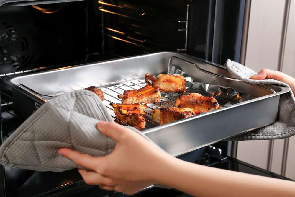 How to reheat food in the oven