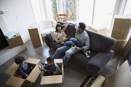 Tips for organizing a professional home mover.